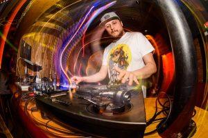 DJ Antenna | No Antenna, No Party